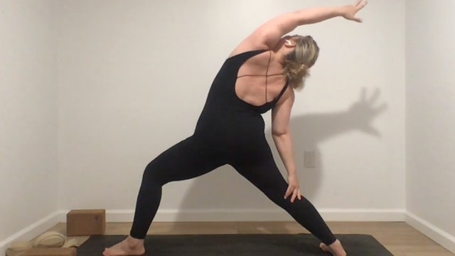 {sacred}sweat with Annelise, 40 minutes (Livestream 4.7)