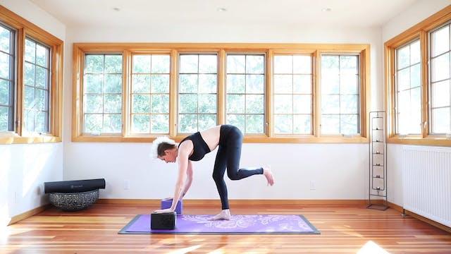 TBT30 Core Strength Vinyasa Yoga™: Cardio Stretch Intro