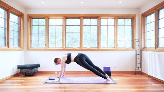 27 Minute Yoga Shred® For Arms & Abs!