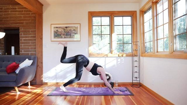 26 Min Yoga Shred® Metabolism Turbobooster Flow!