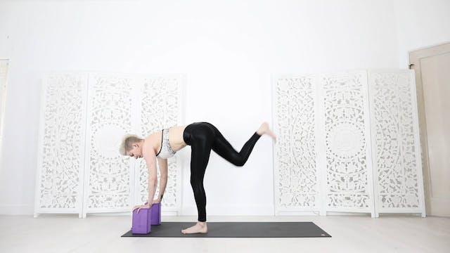 Yoga Shred For Cardio + Wrist Strengt...