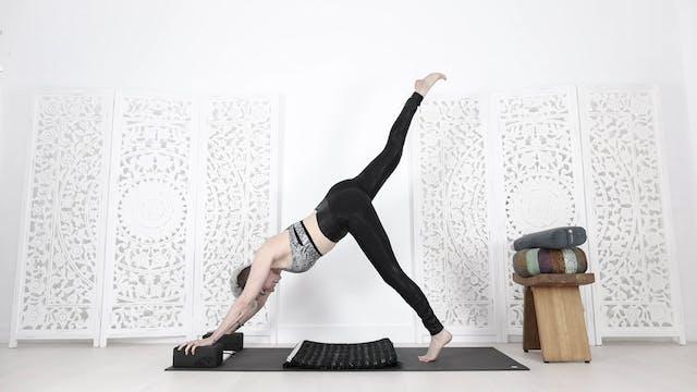 Yoga For Hormonal Balance (Peri, Meno...