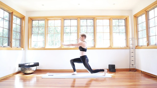 Yoga Shred®: Fists Of Fire Lunges