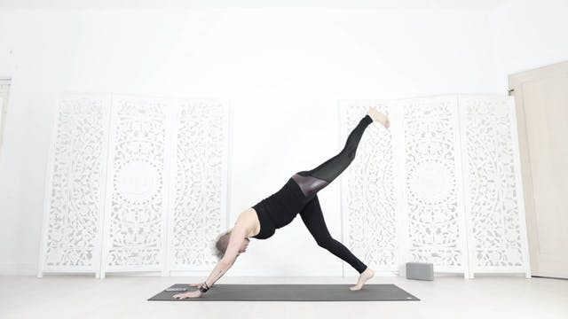 Total Booty/Core Yoga Shred® Workout ...