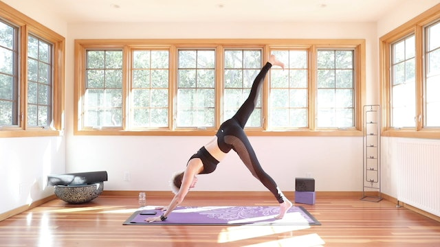 The 24 Minute Yoga Shred® Weight Loss Accelerator Flow