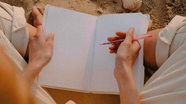 A Journaling & Meditation Activity for When You're Missing Someone Heaps (PDF)