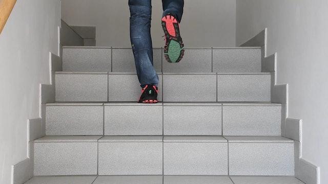 UE_Stufenübung_3 Stufen hintereinander nach oben