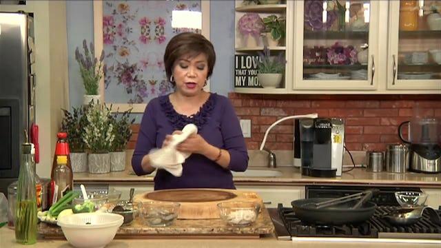 Bếp Nhà Ta Nấu | Đậu Hủ Hải Sản Tay Cầm