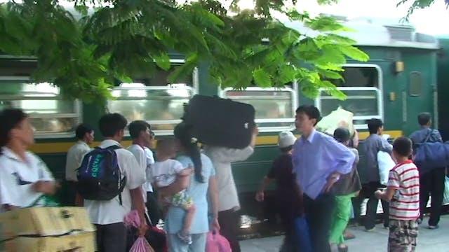 Hành Trình Xuyên Việt 01