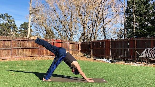 15 Minute Killer Power Yoga for Athle...