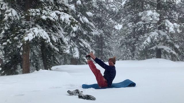 Snowy Open Leg Rocker