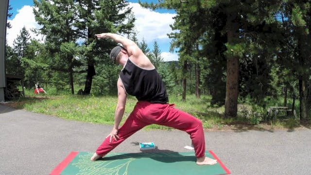 Power Yoga for Athletes - Official Fl...
