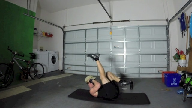 Vault High Intensity Kickboxing Core Workout