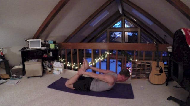 Vault Yoga Fluid Flow for Strength and Flexibility Workout