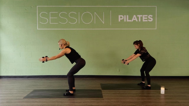 Floor: Shoulders, Back & Triceps With Molly