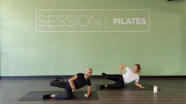 Floor: Outer Thighs & Glutes With Molly