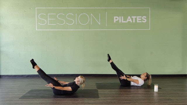Floor: 7-Min. Abs With Molly