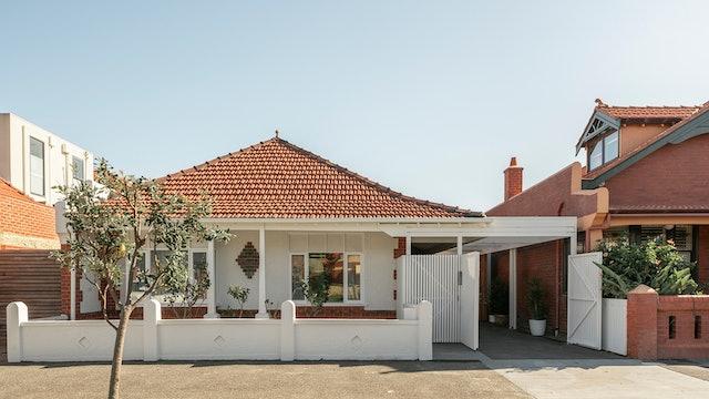 Envelop House