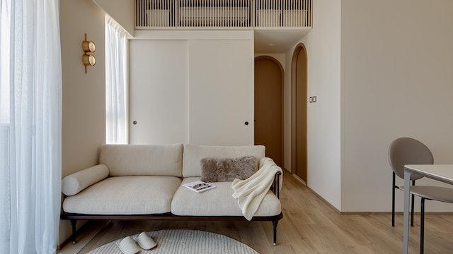 Small Grand Apartment