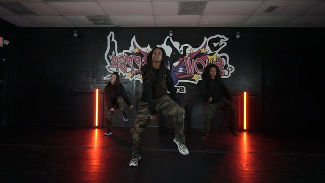 """Freak It"" Beginner Urban Grooves with Bianca"