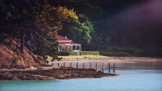 Sea Cottage (5m)