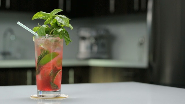 04 - STRAWBERRY MOJITO