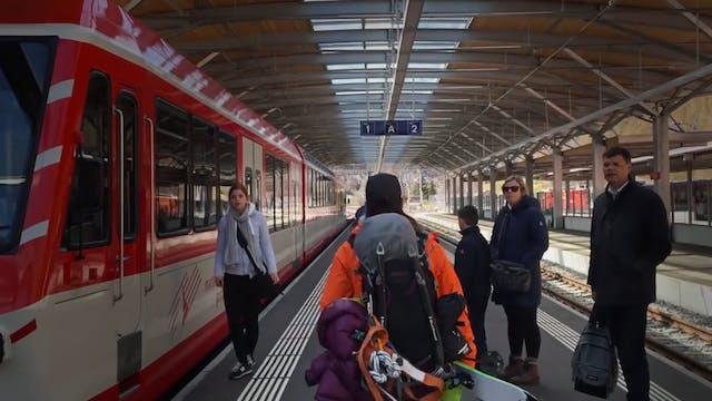 FourGirlsAndAMatterhorn - Ski Matterh...