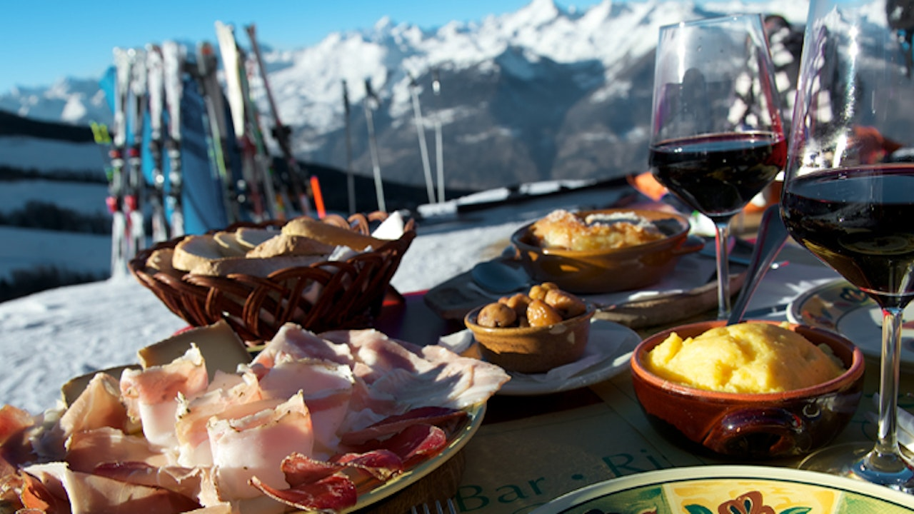 Food and Wine Ski Scene