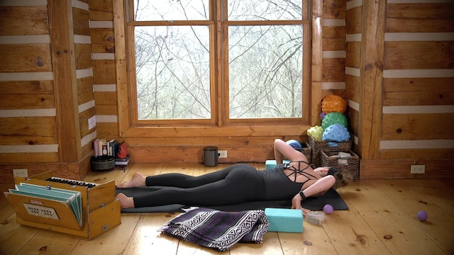 Therapeutic Yoga: Neck, Shoulder & T-Spine Release