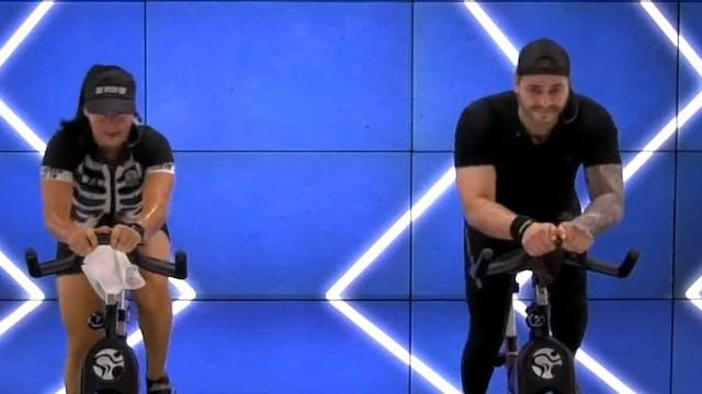45 min | Cycling | Laura Giraldo y Sa...