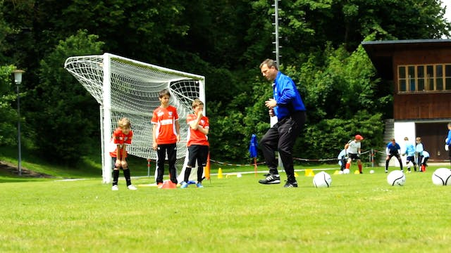 Soccer Clinic Part 3- Practicing one-two passes-HD