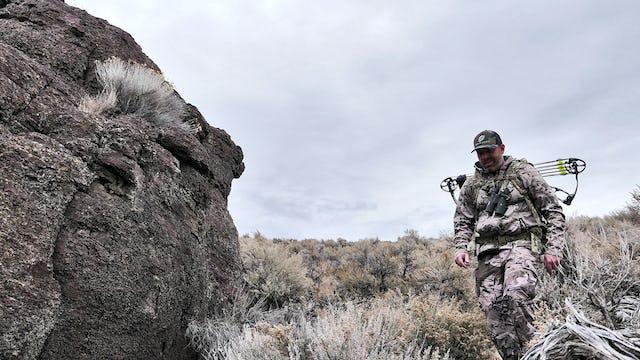 7.11 Old Man of the Desert - Archery Mule Deer with Tim Burnett