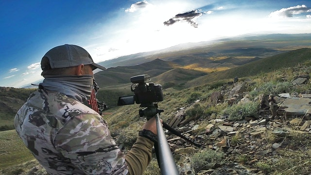 6.1 Thunder Rolling - Bow hunting Velvet Mule Deer in Nevada with Tim Burnett