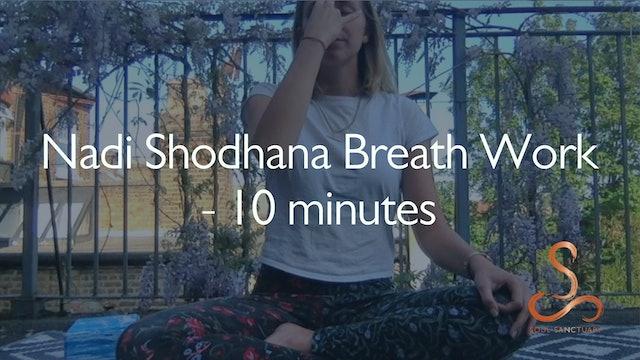 Nadi Shodhana Breathing with Poppy Doorbar - 10 minutes