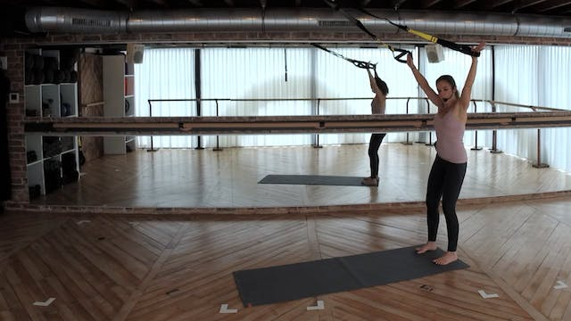 TRX FLW 30 with Charlotte (introducti...