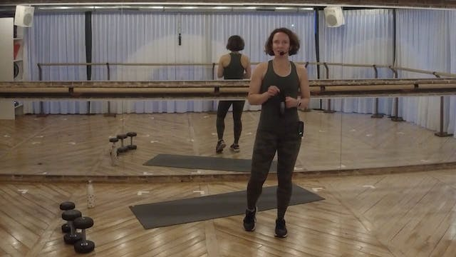 MINI STRENGTH 15 with Brooke (glutes)