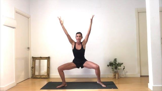 16 min HIIT yoga piernas express
