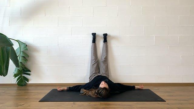 Ju. 8:00 Yoga suave | 60 min | Clase ...