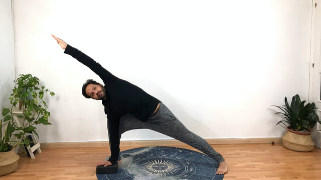 Vi. 8:00 Virayoga y meditación | 60 m...