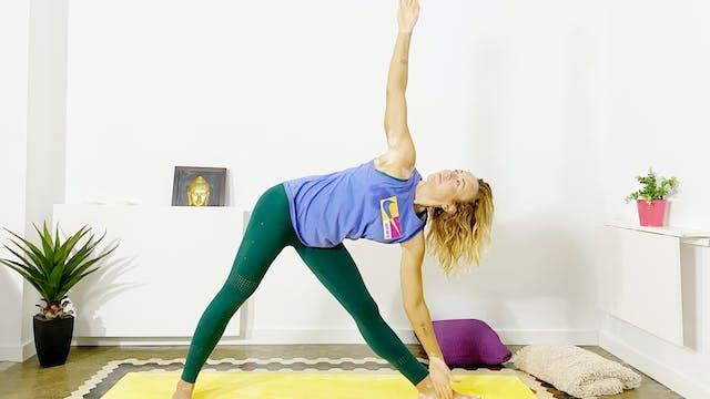 Lu. 7:00 Yoga | 60 min | Clase de yog...