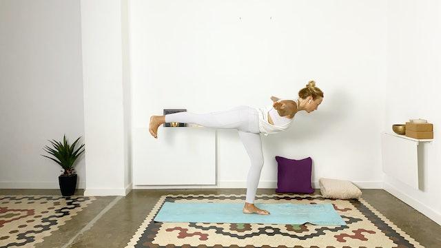 Yoga para glúteos | 60 min | Clase de yoga con Olga Brú