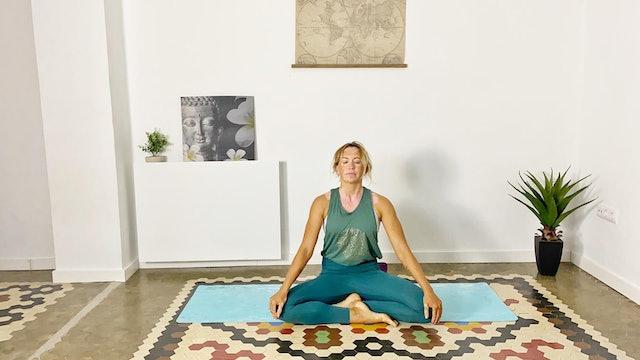 Yoga de iniciación | 60 min | Clase de yoga con Olga Bru