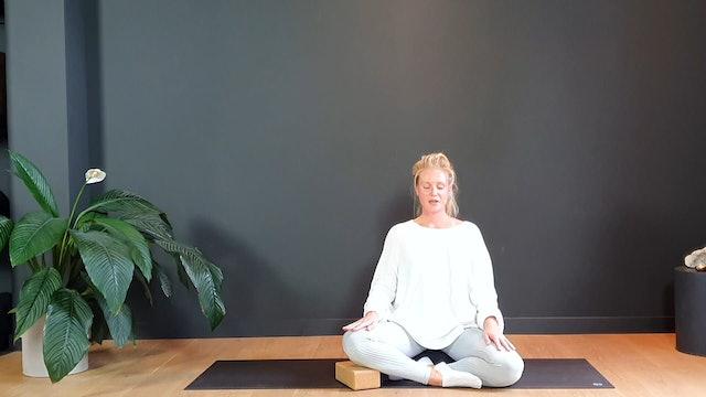 Grounding Breathing Exercise w/ Melanie | 5 minutes