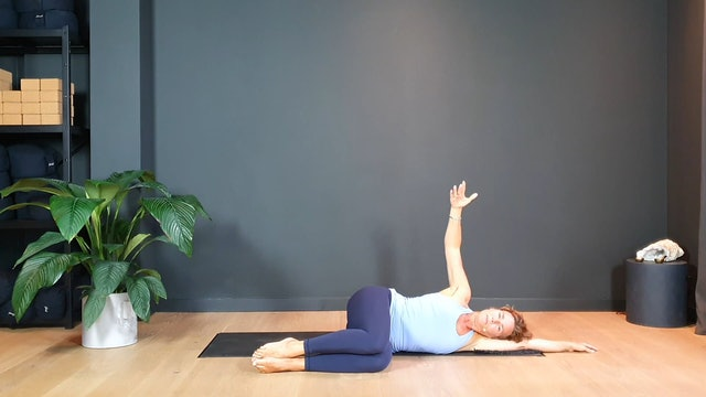 Yin Flow w/ Judith juicy upper back and shoulder openers | 35 minutes