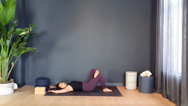 Yin Slow w/ Fi for hip & back release | 35 minutes