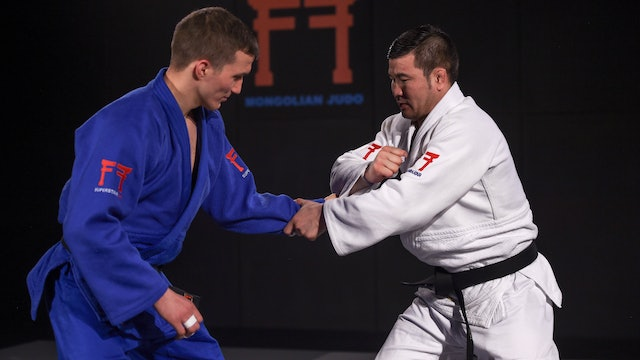 Sleeve grip breaks vs right | Khashbaatar