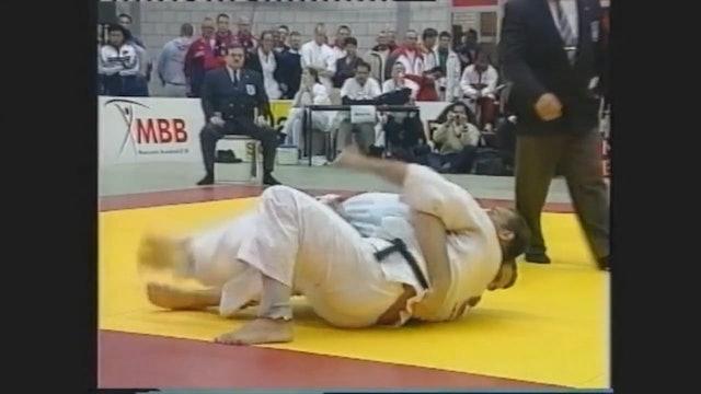 Mark Huizinga - Bearhug turn into Osaekomi