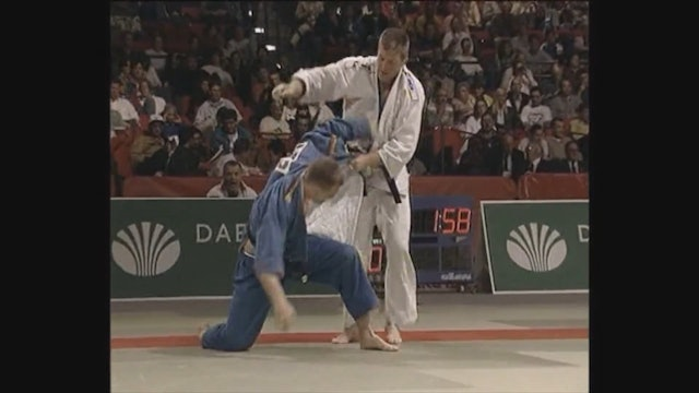 Neil Adams - Juji gatame escapes