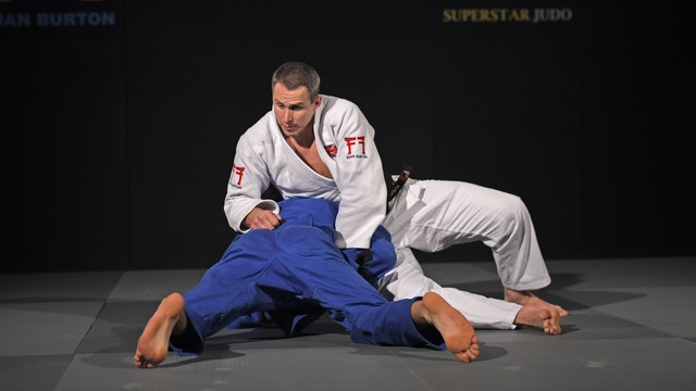 Akimoto roll to the side | Euan Burton