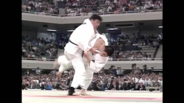 Kosei Inoue - Osoto gari from Ouchi gari attack